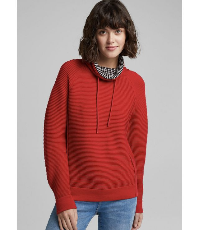 CHANDAIL TRICOT COL REVERS MOTIF rouge